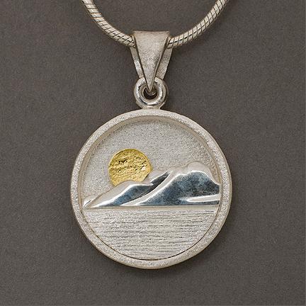 Tundra pendant
