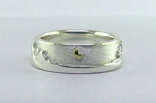 Photo - Two-toned Canadian Landscape ring
