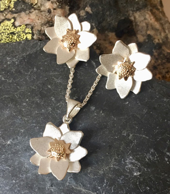 Mountain Aven pendant, earrings and lapel pin