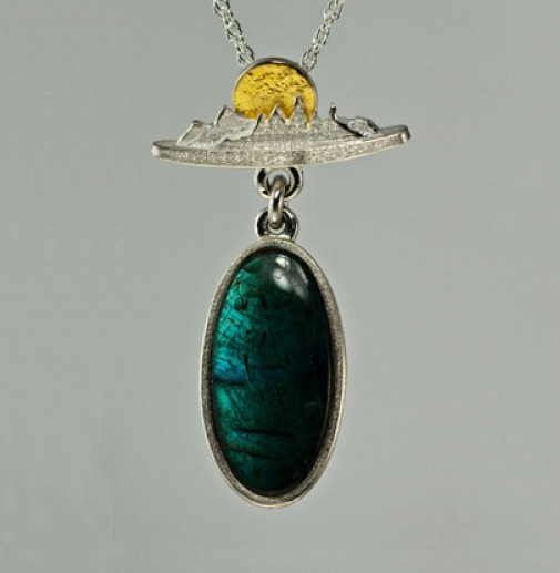 Photo - Treeline Pendant with Labradorite