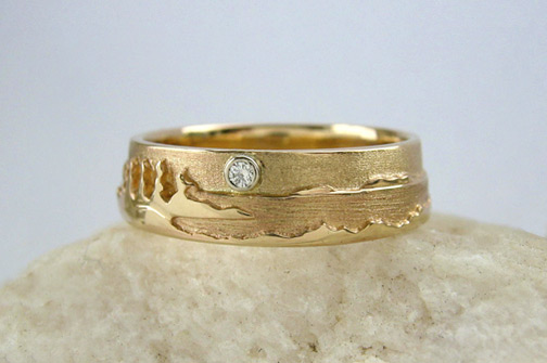 Photo - Landscape rings: Shoreline ring with 3 pt. Diamond