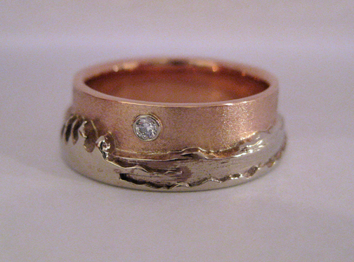 Photo - Custom variation: Two-tone Shoreline ring with 3 pt. diamond